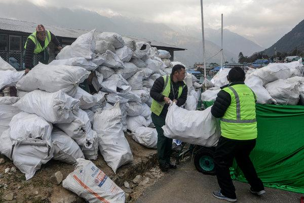 Two Tons of Rubbish removed by Nepal Army from Everest Region