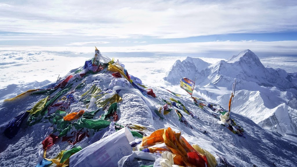 Mount Everest Base Camp in Tibet closed by China To Tourists (Non-Climbers) To Tackle Littering In the High-Himalayas.